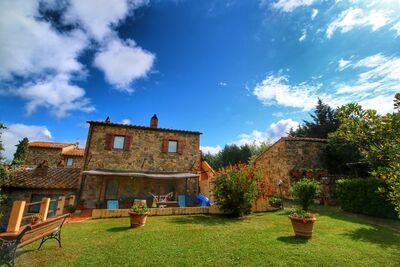 Maison de vacances époustouflante en Toscane avec piscine