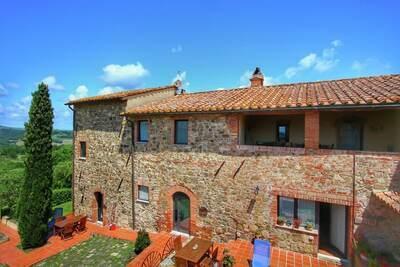 Luxueuse ferme avec piscine à Castiglione D'orcia