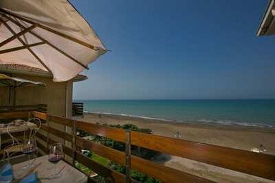 Maison de vacances moderne avec vue sur la plage