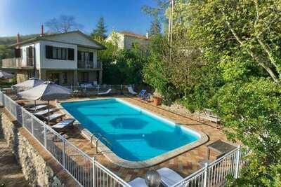Spacieuse maison de vacances à Val Canina avec piscine