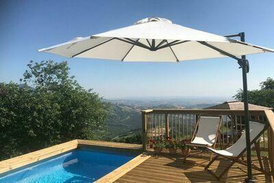Maison de vacances paisible à Corvara avec piscine