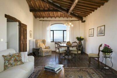 Spacieuse maison de vacances à Pergine Valdarno avec piscine