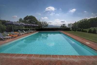Ferme dans la région de Tuscia avec piscine