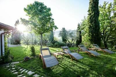Magnifique Villa à Casenove, avec Piscine