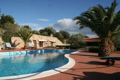 Maison de vacances luxueuse avec piscine à Olbia en Italie