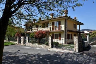 Villa de luxe dans Villa Pedergnano Lombardie avec un patio