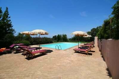 Luxueuse Ferme à Montalto di Castro avec Piscine