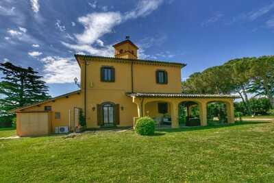 Villa confortable avec piscine à Graffignano en Italie