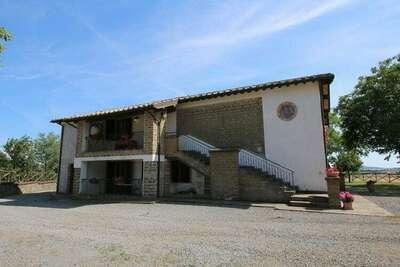 Ferme charmante à Bagnoregio en Italie avec piscine