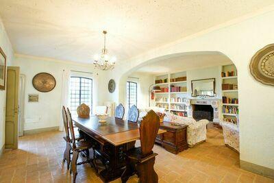 Villa individuelle avec piscine à Sermugnano