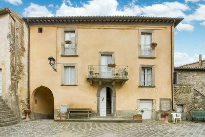 Villa pour 5 personnes avec piscine commune à Sermugnano