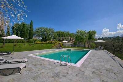 Maison de vacances moderne près de la forêt à Selci, Italie