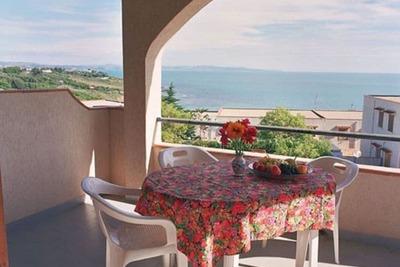 Jolie maison de vacances à Sciacca avec court de tennis et barbecue