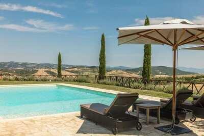 Villa moderne à Allerona en Italie avec piscine privée