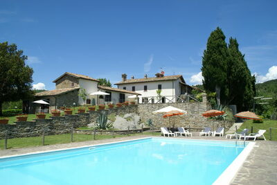 Appartement avec piscine panoramique à Città di Castello