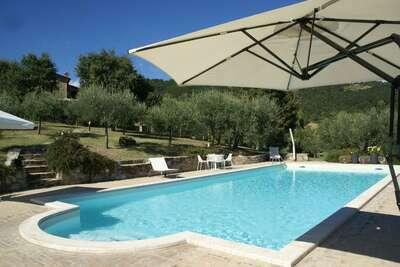 Superbe villa à Umbertide en Ombrie avec piscine privée