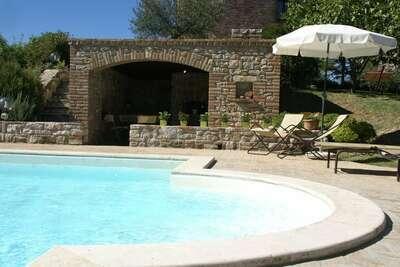 Magnifique Villa Dans Umbertide avec piscine privée