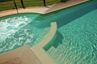 Villa panoramique à Cannara avec piscine