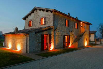 Maison de vacances isolée avec piscine à Foligno