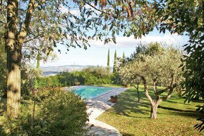 Grande maison de vacances avec piscine privée à Todi