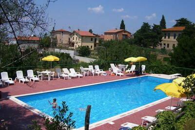 Maison de vacances provinciale avec piscine à Pacaino Ombrie