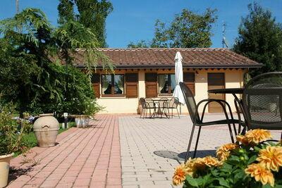 Maison de vacances à 5km d'Assise avec piscine partagée