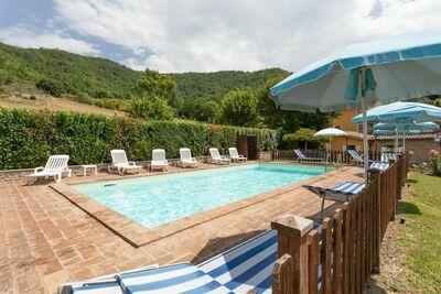 Maison de vacances avec piscine à Assise en Ombrie