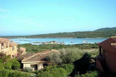 Maison de vacances élégante à Olbia près de la mer