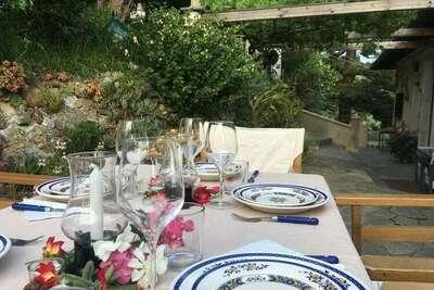 Maison de vacances spacieuse avec jardin située à Vintimille