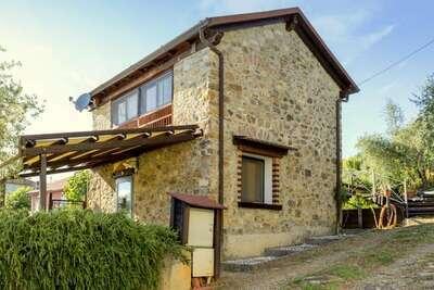 Gîte douillet à la Riviera des fleurs avec piscine