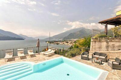 Maison de vacances moderne avec piscine à Gravedona