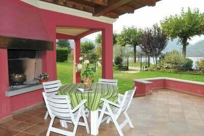 Gîte moderne avec piscine à Idro, Lombardie