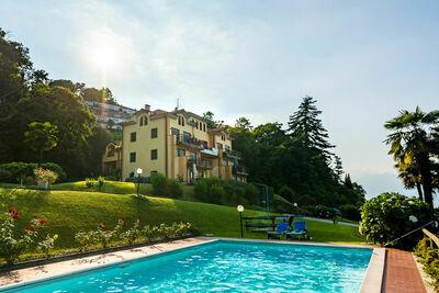 Luxueuse maison de vacances avec vue sur lac à Stresa