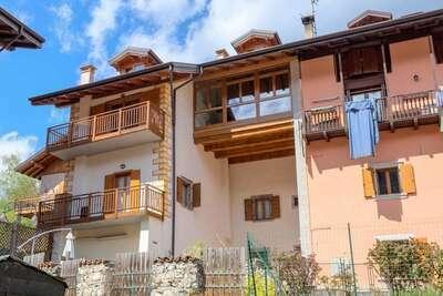 Magnifique maison de vacances à Tiarno, village pittoresque