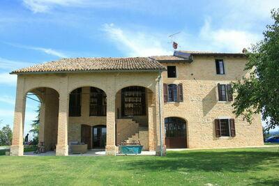 Maison de vacances avec piscine privée à Tabiano Castello