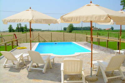 Maison de vacances cosy avec piscine en Ariano nel Polesine