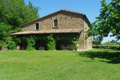 Maison de vacances près de la forêt à Modigliana en Italie