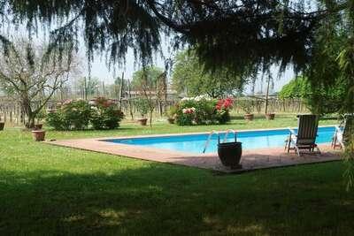Maison de vacances de luxe à Faenza avec piscine