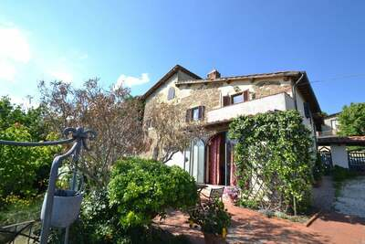 Vaste maison de vacances à Tavarnelle Val di Pesa