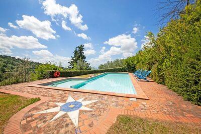 Bel appartement près de Florence avec grande piscine et jeux