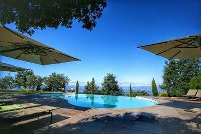 Confortable maison de vacances avec piscine en Toscane