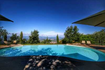 Ferme confortable avec piscine en Toscane