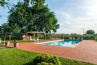 Demeure accueillante avec piscine en Toscane