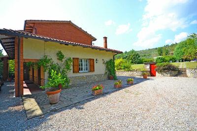 Magnifique maison de vacances avec piscine privée à Cortona