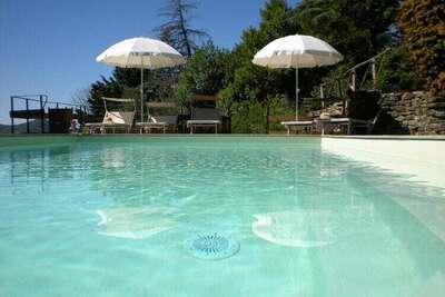 Ferme de luxe à Cortona avec piscine