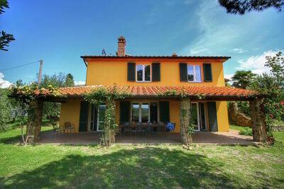 Villa de charme à Lucignano avec piscine privée