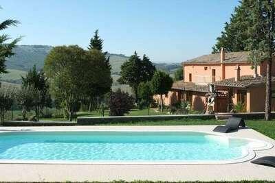 Maison de vacances avec piscine à San Casciano dei Bagni