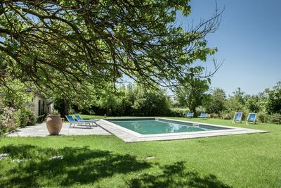 Ferme exotique à Asciano avec piscine