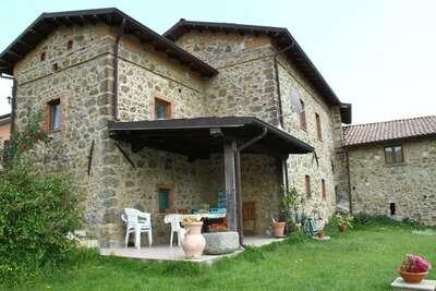 Maison de vacances cosy avec piscine à Canossa