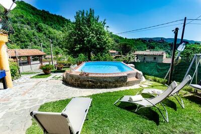 Somptueux gîte à San Marcello Pistoiese avec piscine